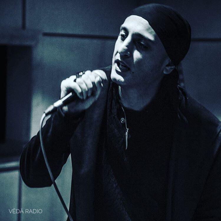 Houman Azhdari Veda Radio mp3 image رادیو نت هومن اژدری